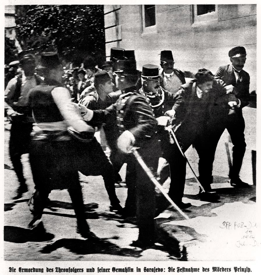 Hapšenje Gavrila Principa (na slici je u stvari sarajlija Ferdinand Behr). Sarajevo 1914. Slika iz austrougarske štampe