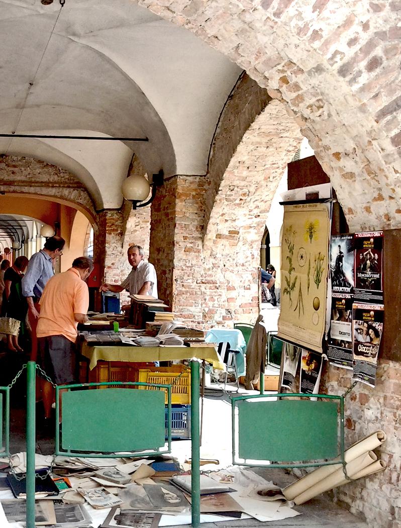 Mercato Del Libro Antico E Della Carta a Cherasco 2012
