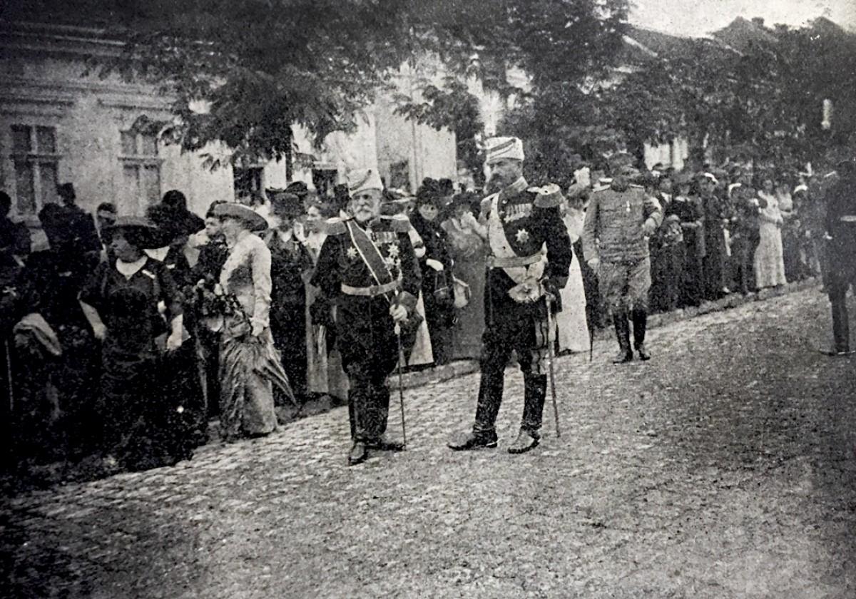 Svečani doček srpske vojske u Beogradu 11. avgusta 1913. Vojvoda Radomir Putnik i đeneral Miloš Božanović