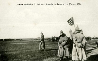 Kajzer Vilhem II od Nemačke na vojnoj paradi u Zemunu 19. januara 1916.