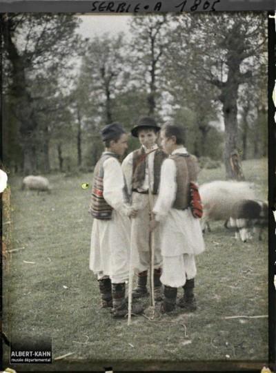 Kumodraž 1913. god. Grupa pastira (na putu za Avalu)