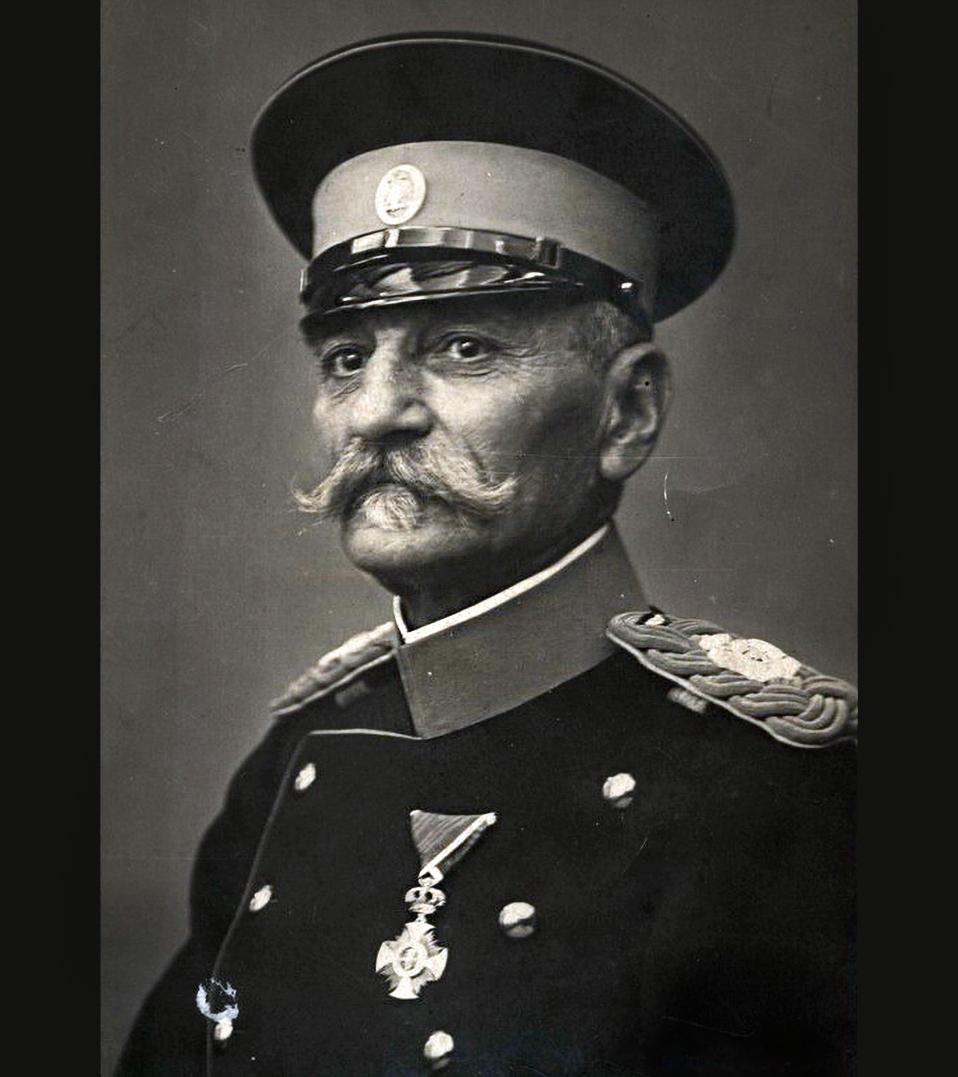 Petar I Karađorđević 1904. godine. Fotograf Milan Jovanović