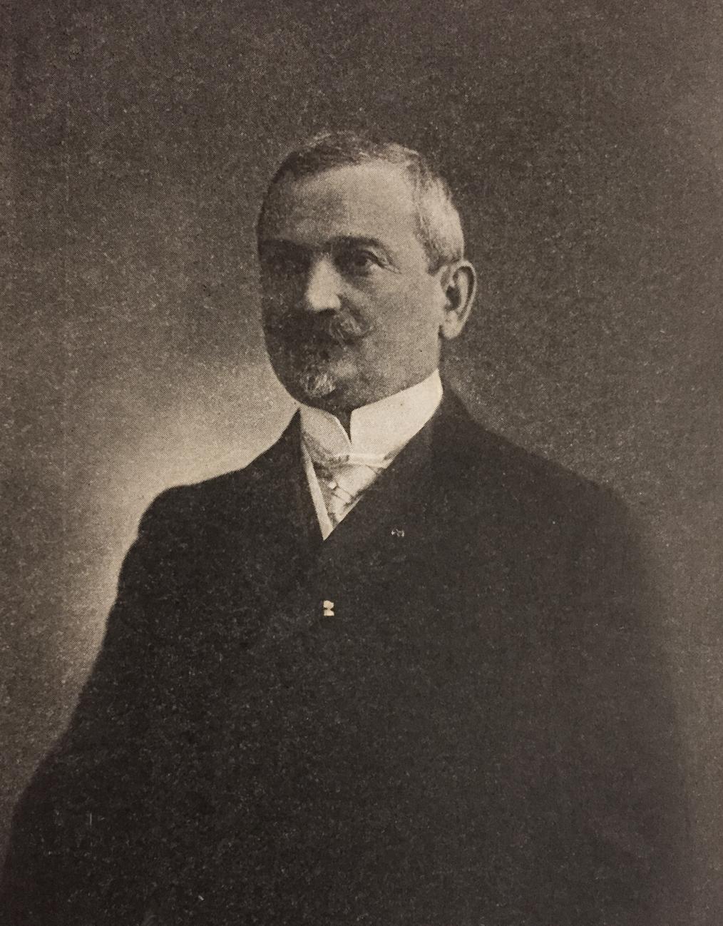 Velislav Vulović, srpski inženjer i političar, poslanik i ministar, predsednik Beogradske opštine