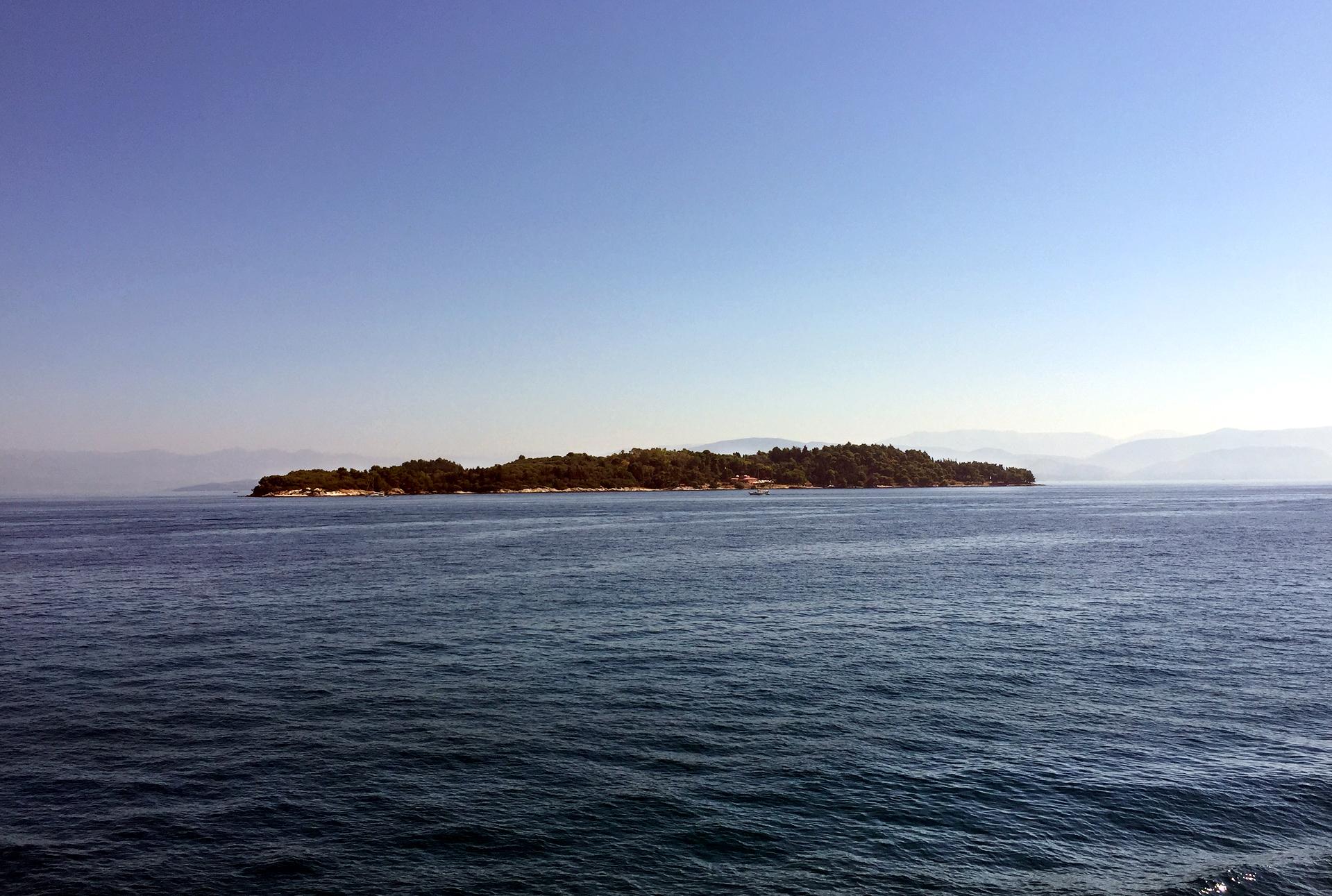 Pogled na ostrvo Vido s mora